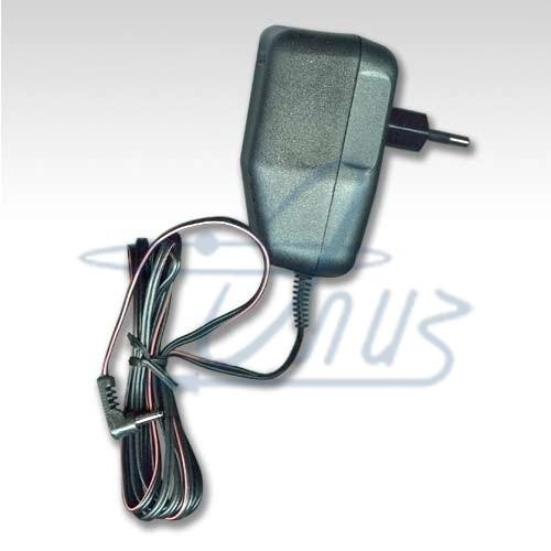 Производитель Sonel S. A. (Польша). зарядное устройство для аккумуляторов со штекером 3,5 мм.