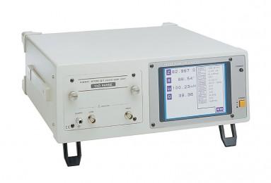 HIOKI 3535 - Измеритель иммитанса (RLC-метр)